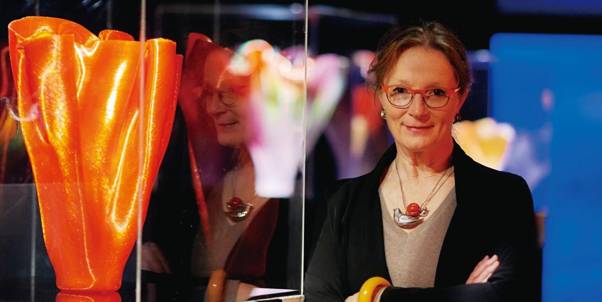 專訪美國玻璃藝術天后TOOTS ZYNSKY